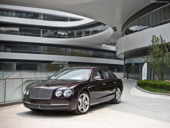 Bentley Continental Flying Spur фото