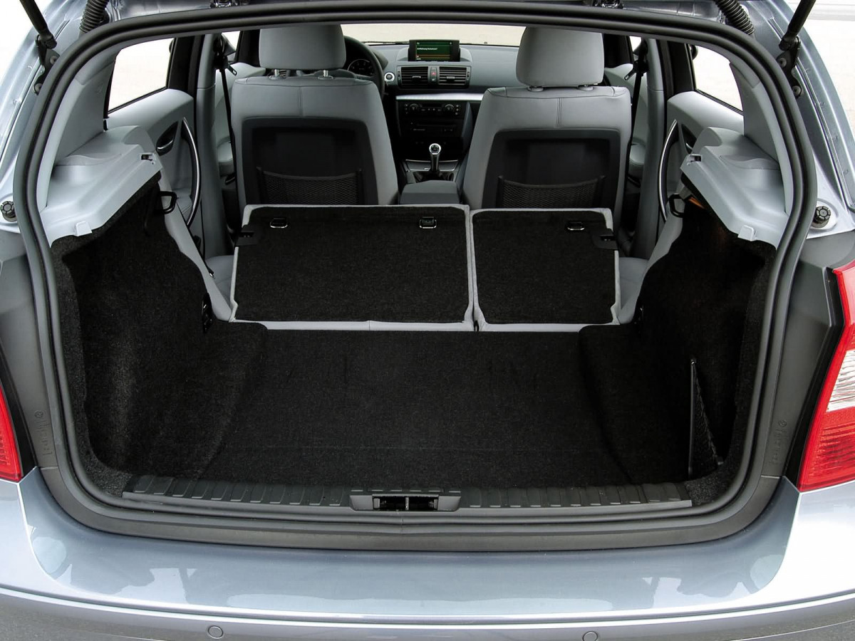 BMW 1-series 5-door фото 14950