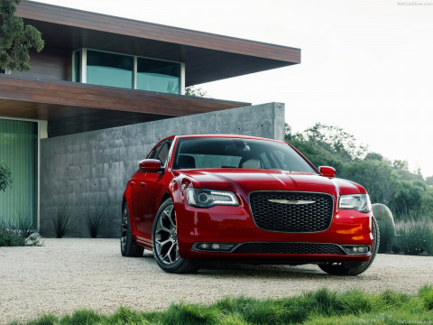 Chrysler 300 фото
