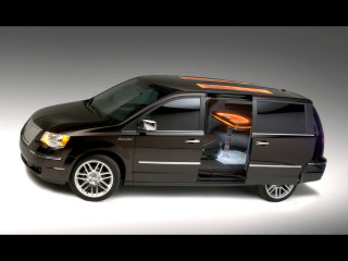 Chrysler Town & Country Black Jack фото
