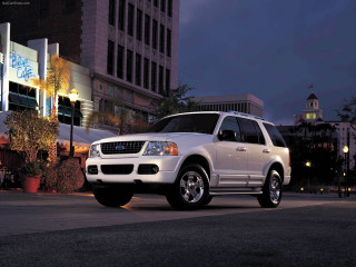 Ford Explorer фото