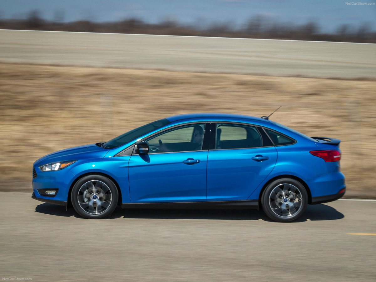 Ford Focus Sedan фото 120369