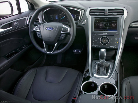 Ford Fusion фото