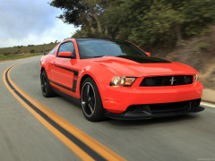 Ford Mustang Boss 302 фото