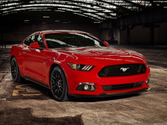 Ford Mustang EU-Version фото