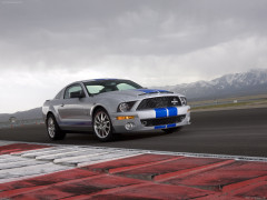 Ford Mustang Shelby GT500KR фото