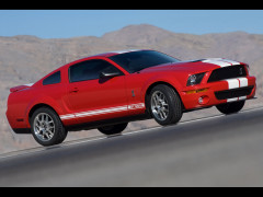 Ford Mustang Shelby фото