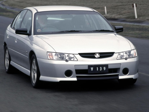 Holden Commodore Executive фото