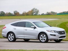 Honda Accord Crosstour фото
