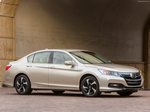 Honda Accord PHEV фото