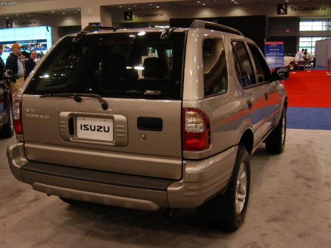 Isuzu Rodeo фото