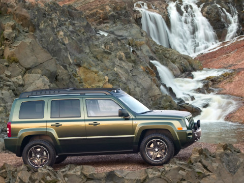 Jeep Patriot фото