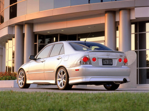 Lexus IS 300 фото