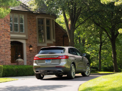 Lincoln MKX фото