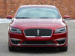 Lincoln MKZ фото
