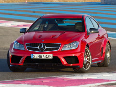 Mercedes-Benz C63 AMG Coupe фото