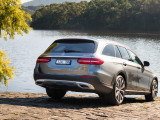 Mercedes-Benz E-Class All-Terrain фото