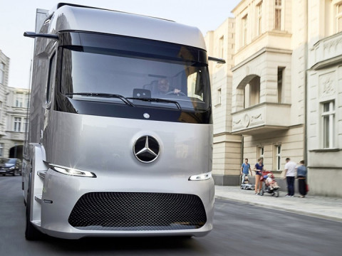 Mercedes-Benz Urban eTruck фото