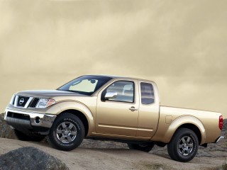 Nissan Frontier фото