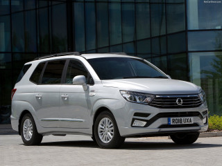 SsangYong Turismo фото