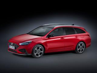 Hyundai расширил семейство i30 гибридными версиями