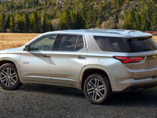 Компания Chevrolet представила рестайлинговую модель Traverse