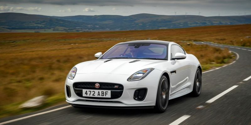 Jaguar F-Type Chequered Flag привезут в Россию
