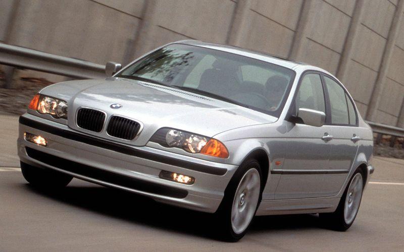 Отзывная кампания для автомобилей BMW3 серии.