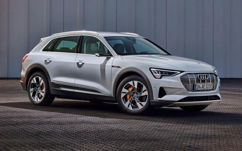 Немецкая компания Audi привезет в Россию электрический кроссовер