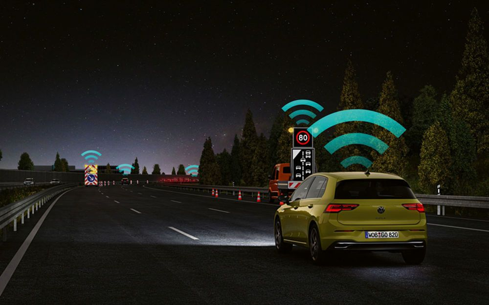 Новую версию VW Golf наделят современными технологиями