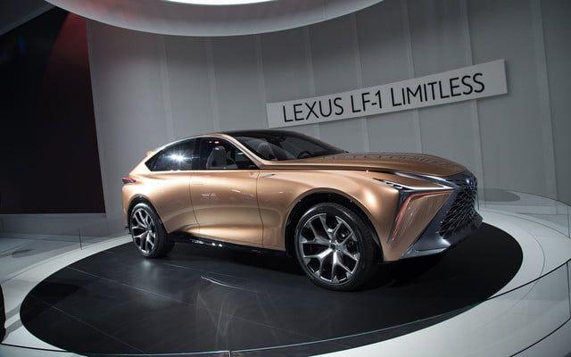 Новый кроссовер от Lexus с турбомотором