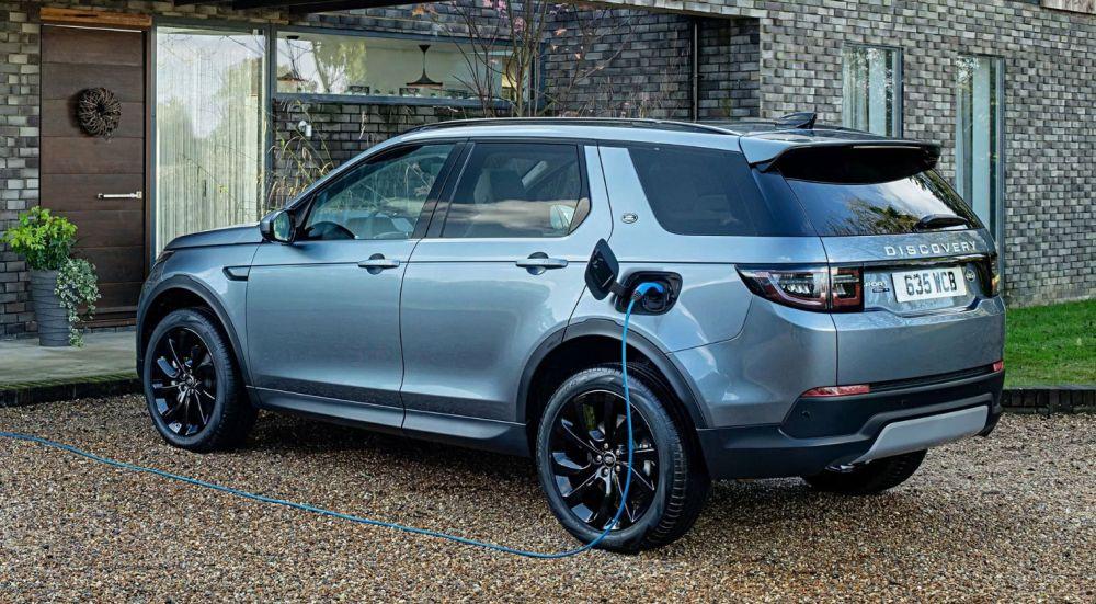 Гибридные модификации Range Rover Evoque и Land Rover Discovery Sport
